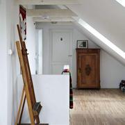 阁楼木地板装修图片