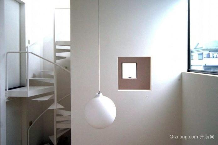 放飞豁达的心灵:40平米小阁楼开天窗装修效果图