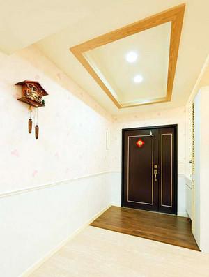 室内进门走廊设计图片
