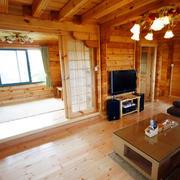 暖色调木质别墅装修