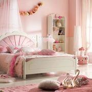 温馨甜美小卧室设计