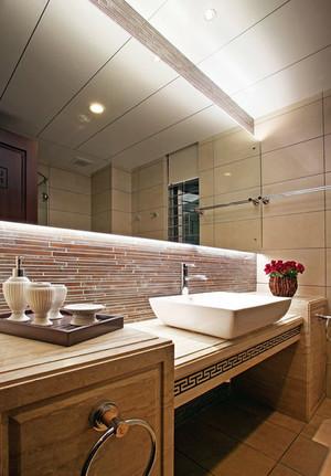 很有现代感的中式卫生间设计装修效果图