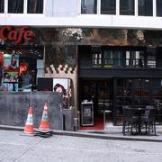 沉稳型咖啡店设计