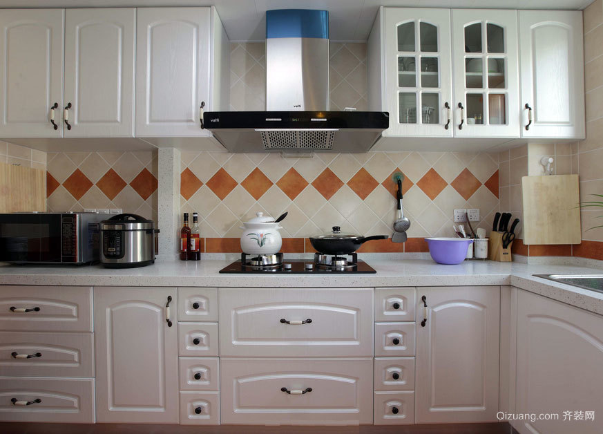 2015大户型搭配合理的时尚欧式厨房装修效果图大全