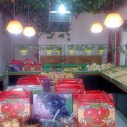 简朴型水果店装修