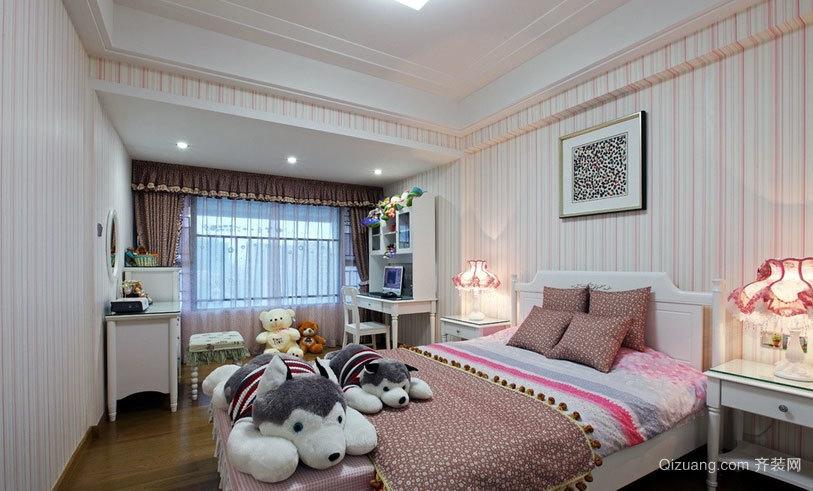 古典韵味十足精致卧室壁纸装修效果图