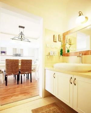 宜家清爽干净卫生间白色浴室柜装修效果图