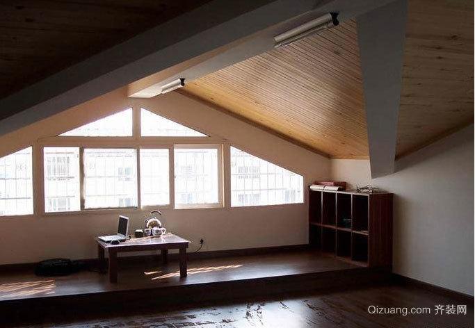 浪漫后现代风格斜顶阁楼装修效果图