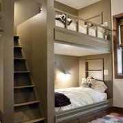 卧室高低床楼梯设计
