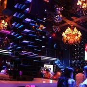 酒吧吊顶效果图片