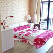 粉色调小卧室装修