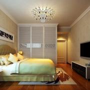 现代创意卧室衣柜装修