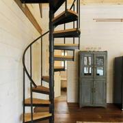 木质楼梯装修图片