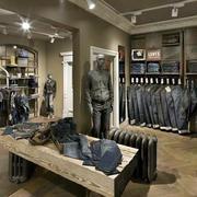 品牌系列服装店装修
