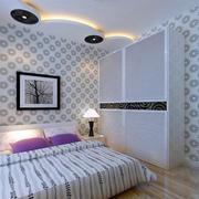 白色调卧室衣柜装修
