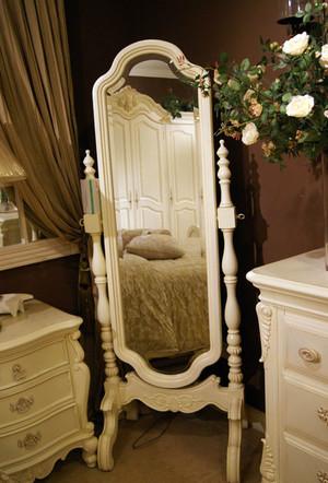 居家必备衣柜穿衣镜效果图