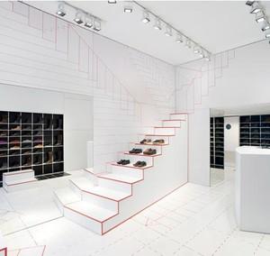 实用与美貌并存 复式楼阁楼楼梯装修效果图