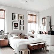 宜家风格卧室装饰画