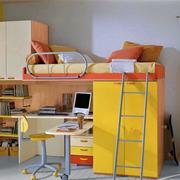 淡黄色调书桌装修设计