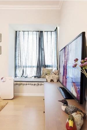 丰富家居生活的地中海风情小户型客厅飘窗装修效果图