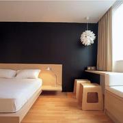 小卧室木质地板装修