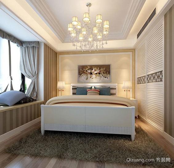 2015节省空间30平米卧室大衣柜推动门装修效果图
