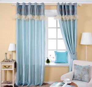 蓝色调窗帘设计欣赏