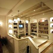 暖色调小书房装修图片