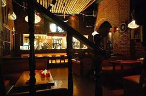 暖色调酒吧效果图片