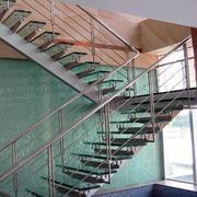 宜家风格不锈钢楼梯
