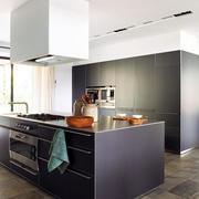 精致厨柜装修设计