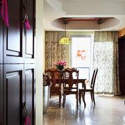 三室两厅走廊隔断装修