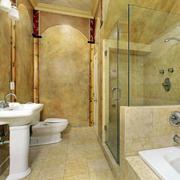 暖色调浴室装修图片