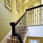 暖色调不锈钢楼梯