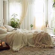 纯情色调小卧室装修