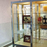 玻璃材质酒柜装修设计