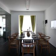 别墅餐桌装修图片