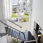 淡雅型楼梯装修设计