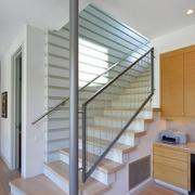 清新型不锈钢楼梯