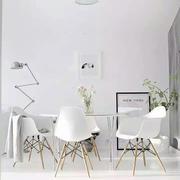 白色简约老房设计图片