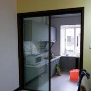 玻璃材质厨房推拉门