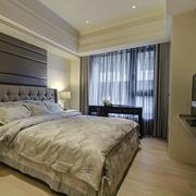 三室两厅两卫卧室设计