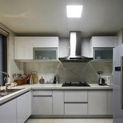 后现代厨房装修