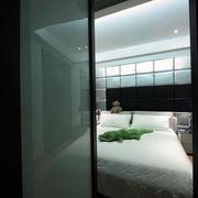 卧室玻璃门装修大全