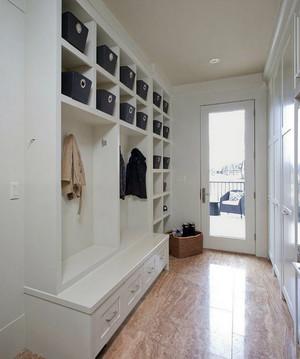 让衣服有个家:10米步入式衣帽间装修效果图鉴赏