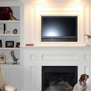 纯白色调电视背景墙