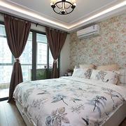 公寓卧室落地窗设计