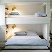 白色简约型高低床