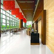 红色餐馆吊顶 图片