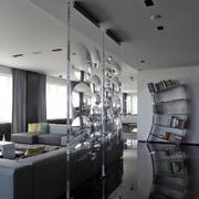 复式楼玻璃隔断设计